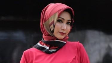 Kontroversi! Ira Swara Ngaku Penyanyi Dangdut Nonaktif