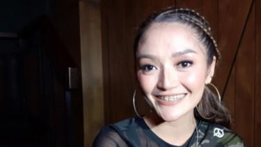 Tanggapan Siti Badriah Kembali Raih Penghargaan AMI Award 2019