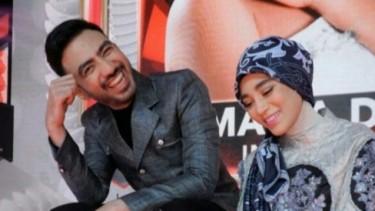 Uyaina Kembali Ke Malaysia, Postingan Reza Zakarya Disorot!