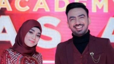 Reza Zakarya Jadi Kameramen, Didesak Jawab Pertanyaan Uyaina?