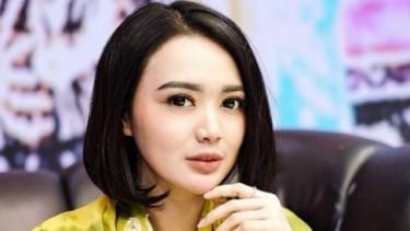 Menunggu Adzan Magrib Diingatkan Jodoh, Wika Salim Minta Ampun