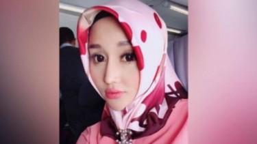 Kabar Terkini Lucinta Luna Ibadah Ramadhan di Sel, Salat Pakai Mukena