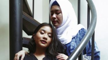 Bagai Pinang Dibelah Dua, Anak Biduan ini Persis Sang Ibu