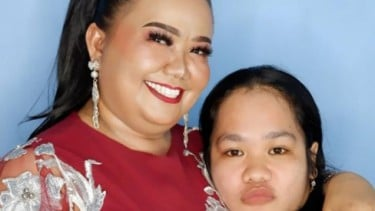 Aty Kodong Pajang Foto Bersama Lesti Kejora Bikin Kaget