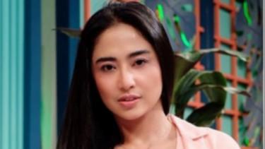 Kondisi Sapri Makin Kritis, Dewi Perssik Bantu Rp15 Juta Untuk Operasi
