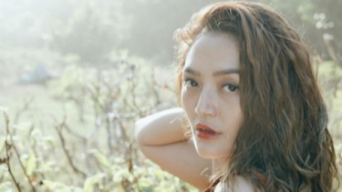 Perut Buncit Siti Badriah Bikin Netter Berebut Komentar