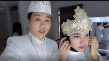 Momen Penuh Haru Pernikahan YouTuber Korea dengan Biduan Pantura