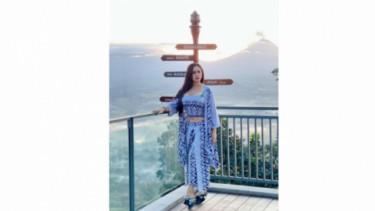 Profil Mami Sisca Mellyana, Selebgram yang Kerap Tampil Vulgar